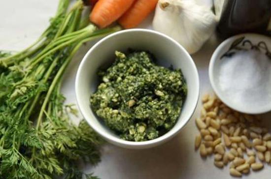 Отвар из морковной ботвы