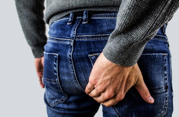 Симптомы геморроя у мужчины