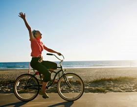 Можно ли ездить на велосипеде при геморрое: основные правила